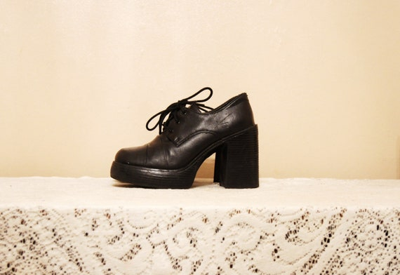 90s Black Platform Oxford Heels Size 6.5 Chunky Heels Faux Leather Wide Toe 90s Grunge Goth