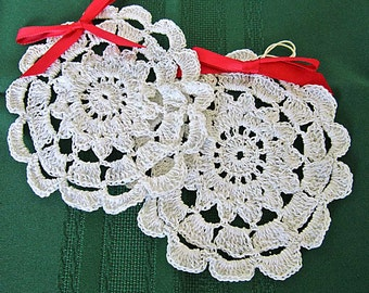 Crocheted Doilies, Set of Four, Vintage Crochet Coasters, Winter Snowflakes, Wedding Banner, Window Decoration, Drink Coaster, Barware