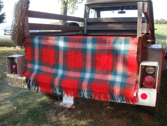 Vintage Virgin Wool Lap Blanket Green Reds  Christmas colors