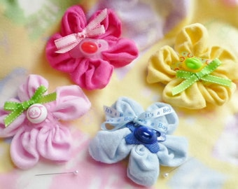 Baby Shower Corsage...Baby Washcloth Flower and Pacifier...Boy, Girl or Neutral...Moll Bell Designs Original Creation..Mommy to Be Corsage