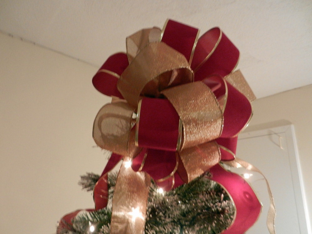 Large Red Velvet And Shimmering Gold Ribbons Christmas Tree