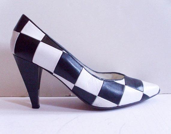 Checkerboard Pumps