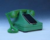 iRetrofone Classic Green - iPhone docking station