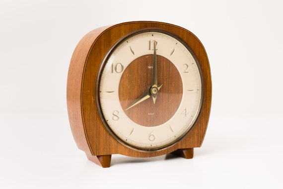 Vintage Smiths 8 Day Wooden Clock, Simple Art Deco Style