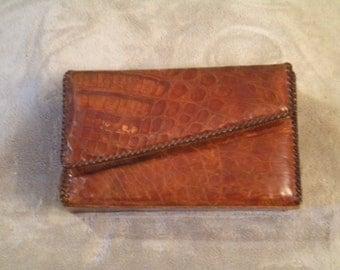 Vintage Alligator Box Purse: Rare Exotic Handbag