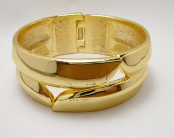 Vintage Goldtone Clamper Bangle Bracelet