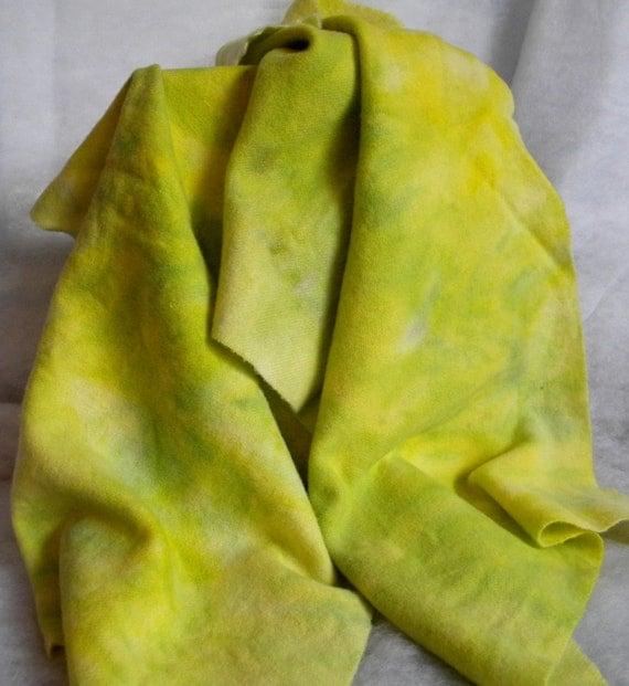 Hand Dyed 100% wool Fabric WG 136 Poison Arrow