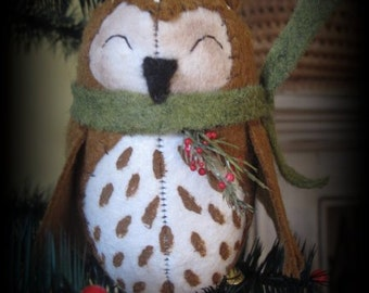 Baby Barn Owl Clip Ornament KIT by cheswickcompany