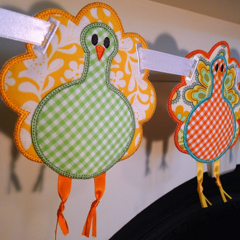Turkey applique in the hoop banner machine embroidery design
