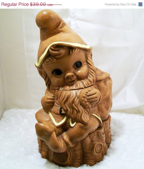 Holiday Sale Twin Winton Gnome Cookie Jar