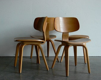 Vintage Mid Century Modern Thonet Plywood Chair (Set of 4)