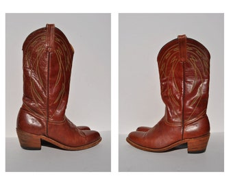 vintage leather boots vintage cowboy boots FRYE vintage boots size 10 D made in usa.