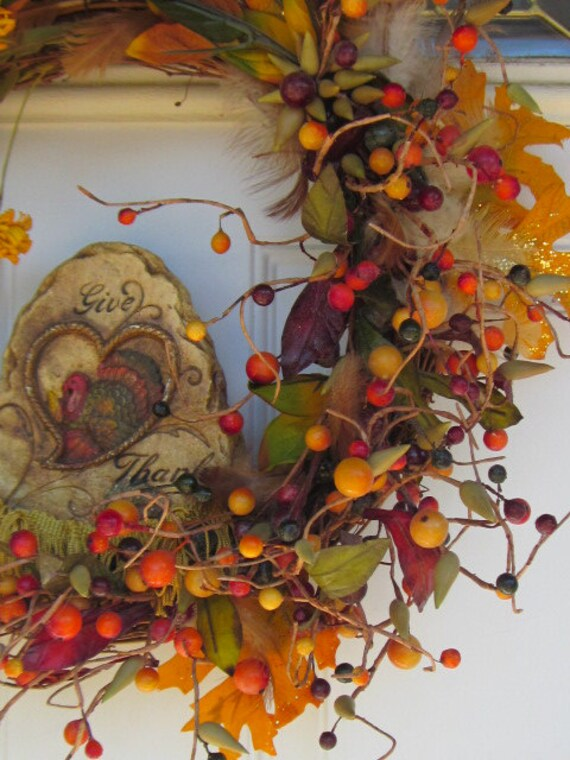 Fringe and Feathers Acorns and FuN Giving Thanks Holiday Wreath