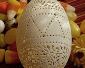 Hand Carved Victorian Lace Duck Egg