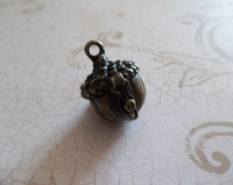 Acorn Nut Prayer Box Locket in Antiqued Brass Three Dimensional Pendant Charm - Qty 1