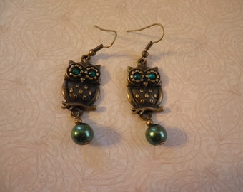 Owl with Green Eyes and Green Pearl Earrings