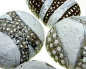 White Painted Stones / Lacey / Wedding Decor / Home Decor / Rustic / Eco Friendly / Natural / Organic
