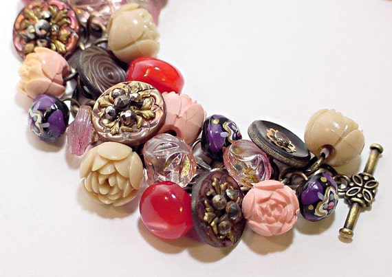 Vintage Button Bracelet Rosebuds Lavender and Mother of Pearl Buttons