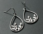 Silver Teardrop Dangle Earrings Leaf Earrings