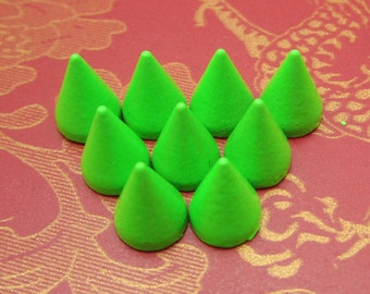 DIY Spike Stud--50pc Green cone Spike Studs with Screwback Bullet Rivets buttons--7x10mm