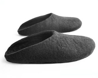 Womens Felted Slippers With Rubber Sole - Slippers in Black - Gifts for Mom - Australian Fashion - Womens slippers - Womens Sizes