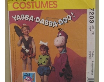 """Flintstones Costume Pattern, Dino Dinosaur, Pebbles & Bam Bam,  McCalls No. 7203 / 5555 UNCUT Child Size 7 8 (Chest 25-26""""64-66cm)"""
