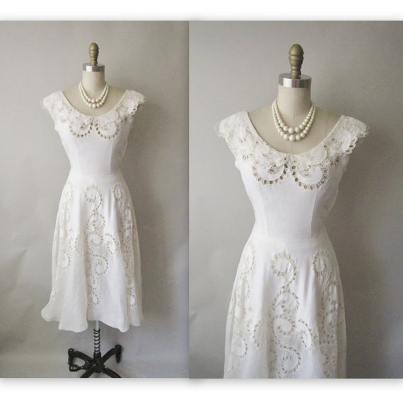 50's Wedding Dress // Vintage 1950's White Cut-Out Organdy Linen Casual Wedding Dress XS