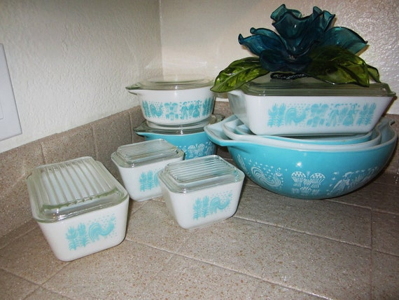 Reserved at Special Price, Set of 15 Pyrex Dishes  Butterprint Pattern / Rooster and Corn Pyrex 1960s Dishes Oven Proof