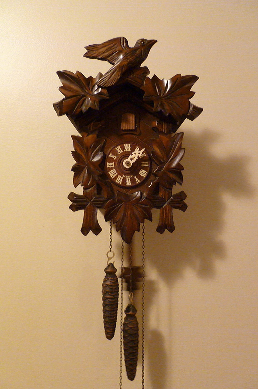 Vintage black forest cuckoo clock How to make a cuckoo clock