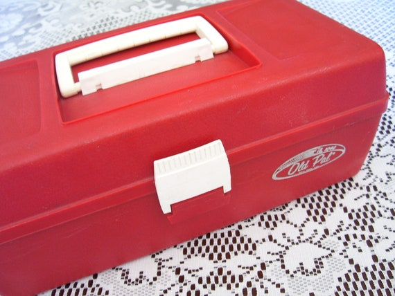 Vintage Old Pal 1040 Red Fishing Tackle Box by BubbiesMemories