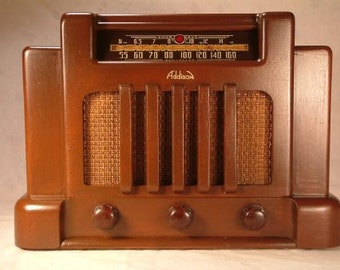 ADDISON Model 5 Art Deco Radio (1940)