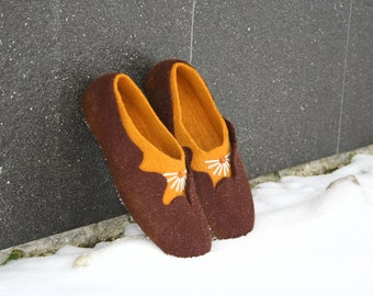 Women slippers - house shoes, felted slippers, wool slippers Amber - handmade - wool shoes - Mother's day gift