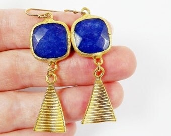 Navy Blue Square Jade Stone Earrings with Curved Ribbed Conical Charms Gold Fashion