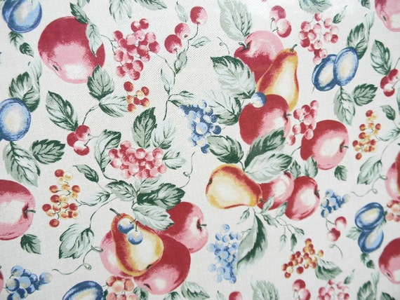 "Vintage Fruit Tablecloth Oval 102"" x 61"" Pears Apples Grapes Cherries Plums"