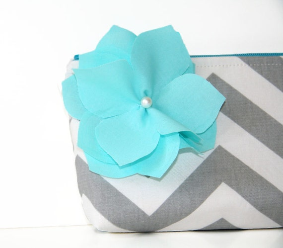 chevron clutch purse in gray and white with detachable fabric flower in aqua / summer fashion / bridesmaid