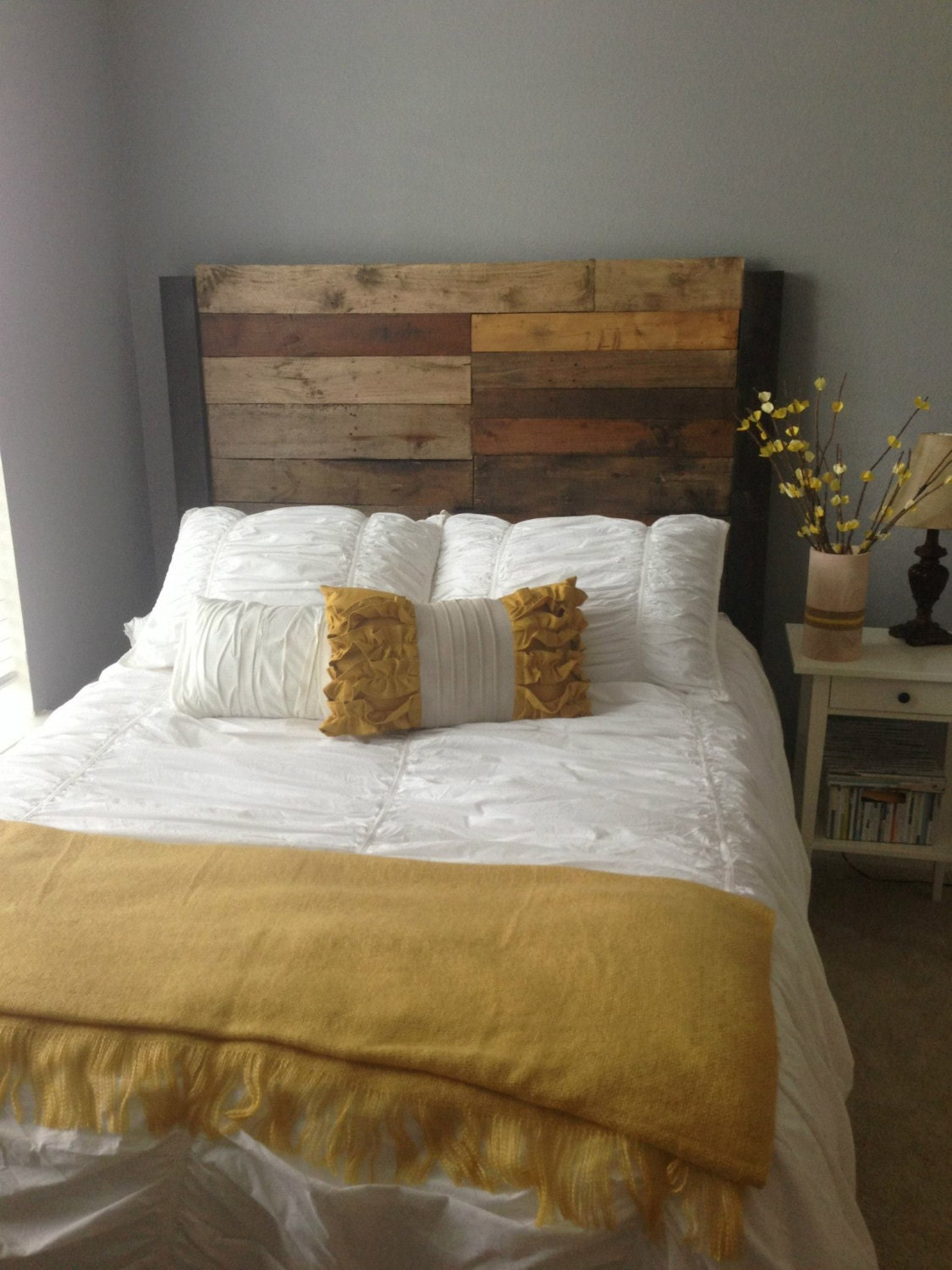 queen full size reclaimed wood headboard. Black Bedroom Furniture Sets. Home Design Ideas