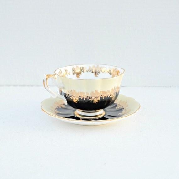 Teacup and saucer Royal Albert Pompadour England bone china black gold light yellow