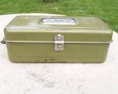 Vintage Green Metal Tool Box.Tackle Box