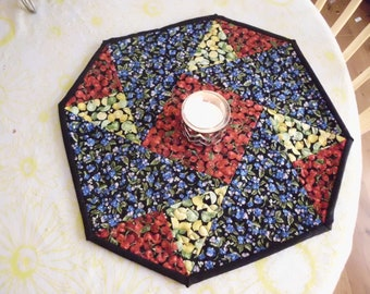 Origami fruit table topper
