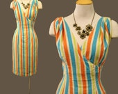 Vintage 1950s - 50s Candy STRIPES Bombshell WIGGLE DRESS Nautical PinUp Hourglass Fit Garden Party Meidum - M