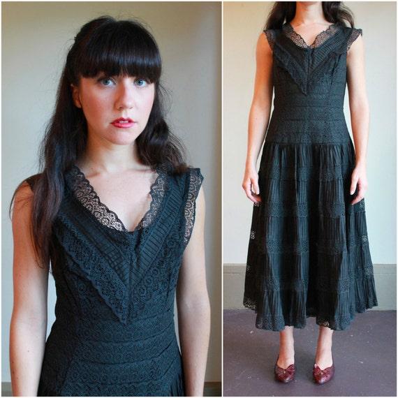 50s Lace Dress  /  Vintage 1950s Black Dress  /  Medium or Large