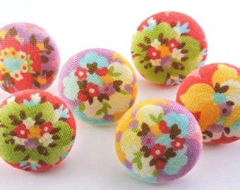 Pretty Flowers / Pushpin  / Magnet / Button  / Thumb Tacks / Fabric Covered  Pastel  / Office Decor / Home Office Organizer / Gift 19