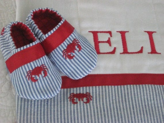 Gift set for baby boy - Burp Cloth and Shoes - seersucker/crab