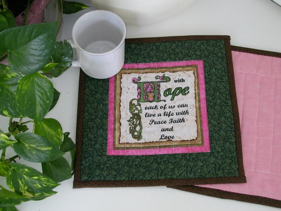 Quilted SCRIPTURE MUG RUG/ Candle Mat / Snack Mat  in Hunter Green, Pink and Gold