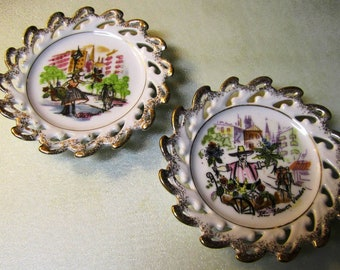 Vintage petite collector hanging plates flower vendors
