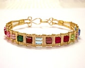 Mother's Bracelet in Gold-Filled Wire with Swarovski Crystal Birthstones FREE SHIPPING Mother's Day Gifts