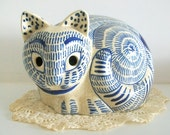 Vintage Japanese Blue and White Cat