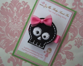 Girl hair clips - skull hair clips - girl barrettes - girl hair clippies