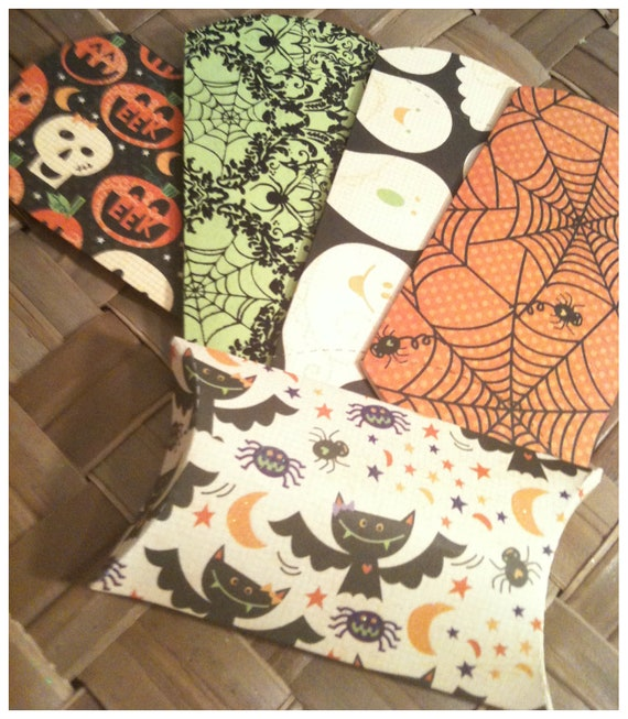 RESERVED LISTING for Terri THIRTY Halloween Mini Pillow Boxes
