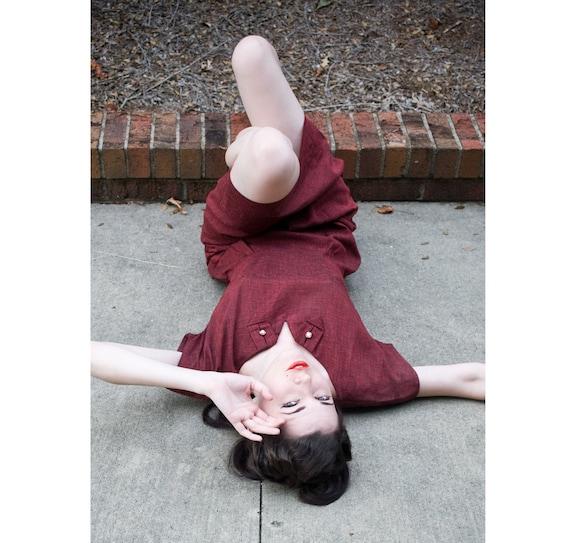 50s - Joanie Take Note - burgundy red split boat neck  short sleeve wiggle sheath dress - size s m